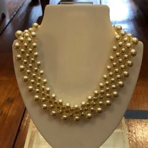 Faux pearl choker necklace